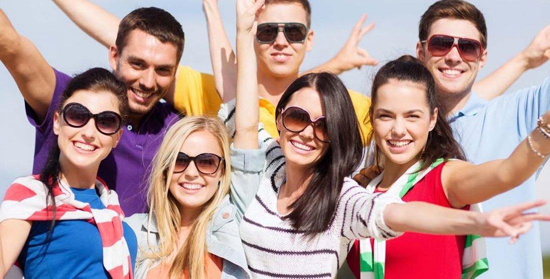 В Україні хочуть скоротити «терміни молодості». Навіщо?