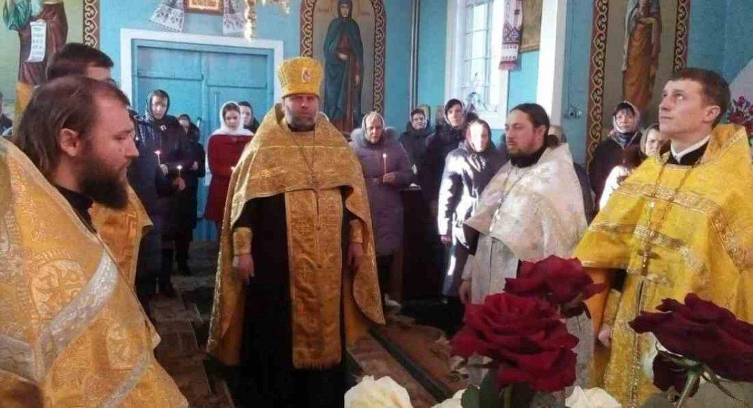 На Волині священник привітав Путіна з Днем ангела: селяни закрили храм