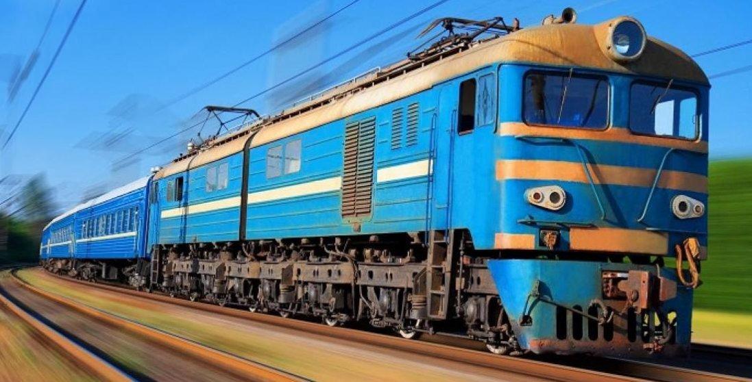 НП в поїзді: пасажир намагався задушити провідника