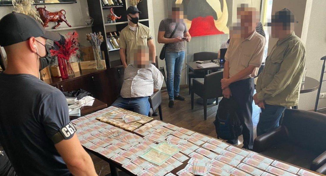 СБУ затримала чиновника Держрезерву, який хотів продати пшениці на 8 млн гривень