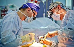 У Луцьку дитині успішно видалили майже 3-кілограмову пухлину