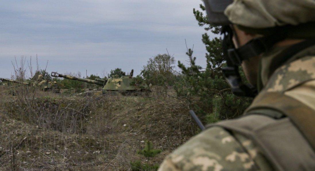 Що відомо про стан бійця, який підірвався на Донбасі