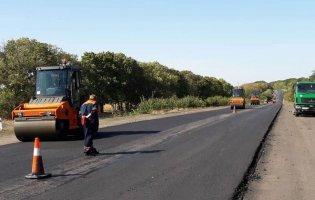 Як в Україні розкрадають кошти під час ремонту доріг: СБУ викрила схему