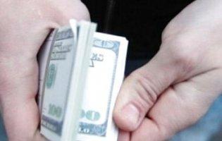 СБУ затримала українця, який підробляв росіянам українські документи