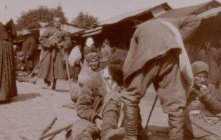 Почаївська Лавра на фото 110-літньої давнини