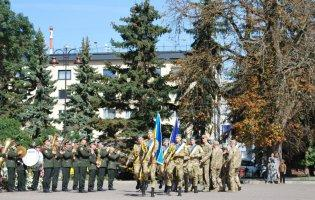 Випусники військової кафедри Луцького НТУ отримали офіцерські погони