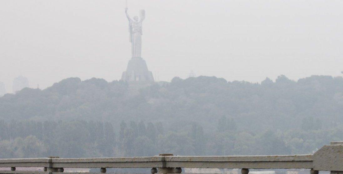 Київ задихається: через отруйний смог дітей не пустили до школи