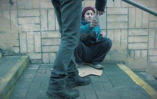 У Києві чоловік брав в «оренду» чужу дитину для жебракування