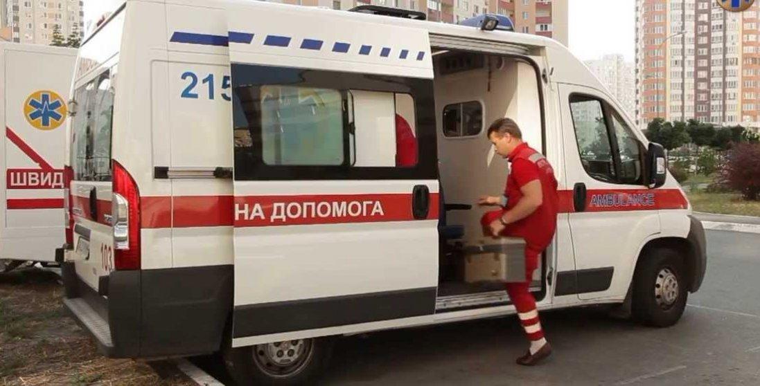 Колапс у лікарні Харкова: лікарі розбіглися, а швидкі стоять десятками