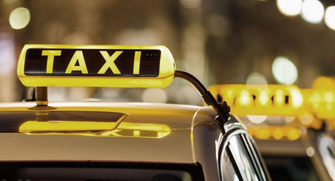 У Білорусі таксист врятував чоловіка від побиття омонівцями