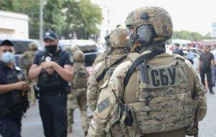В Україні затримали осіб, які підробляли паспорти