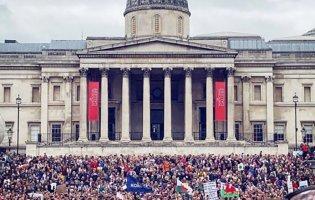 У Лондоні протестувальників проти карантину поліція розганяла кийками
