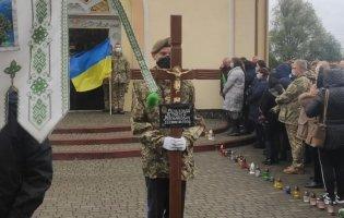 На Львівщині прощаються із загиблим у авіакатастрофі курсантом