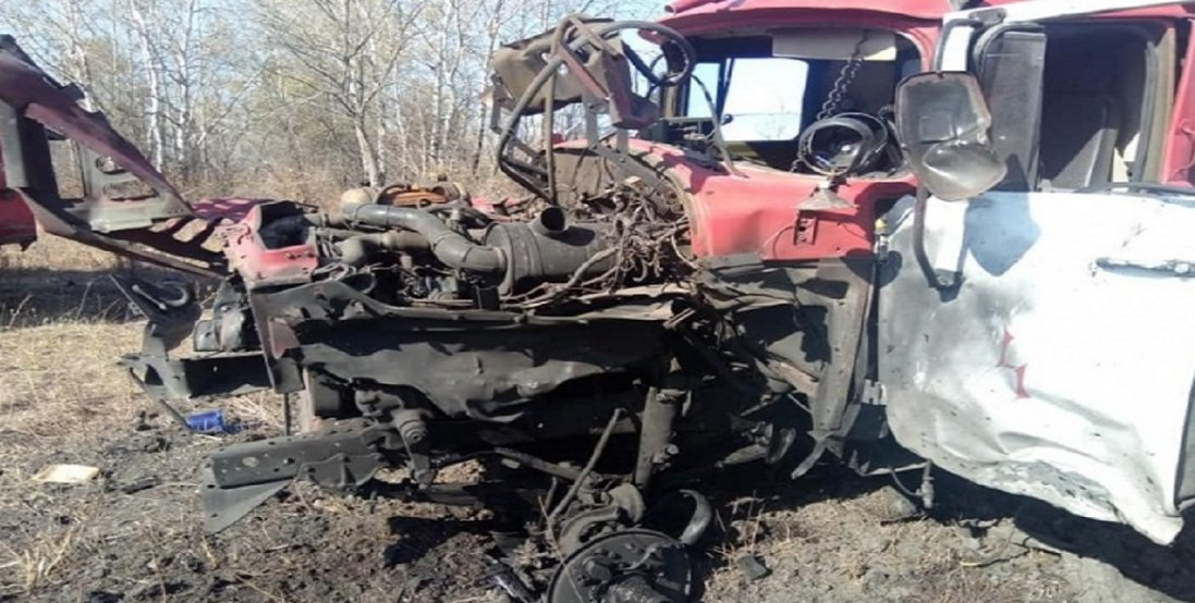 На Луганщині пожежний автомобіль підірвався на міні. Є поранені