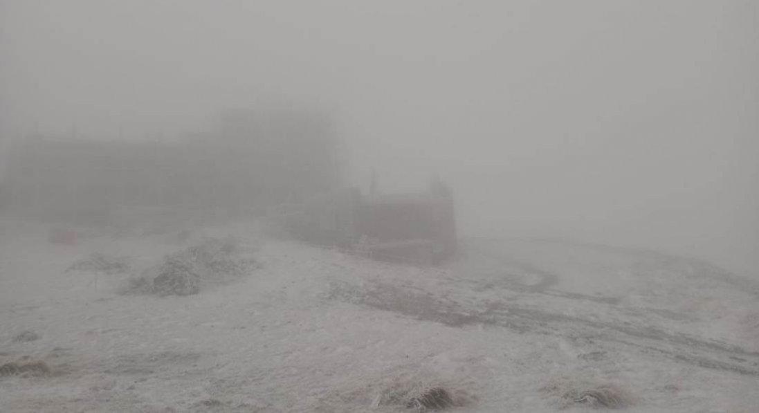 В Україні зафіксували перший сніг цієї осені