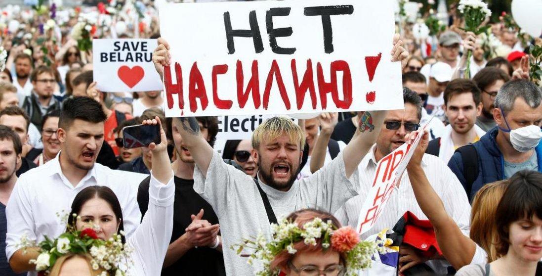 У Білорусі силовики затримали 500 демонстрантів: народ оголосив загальний страйк