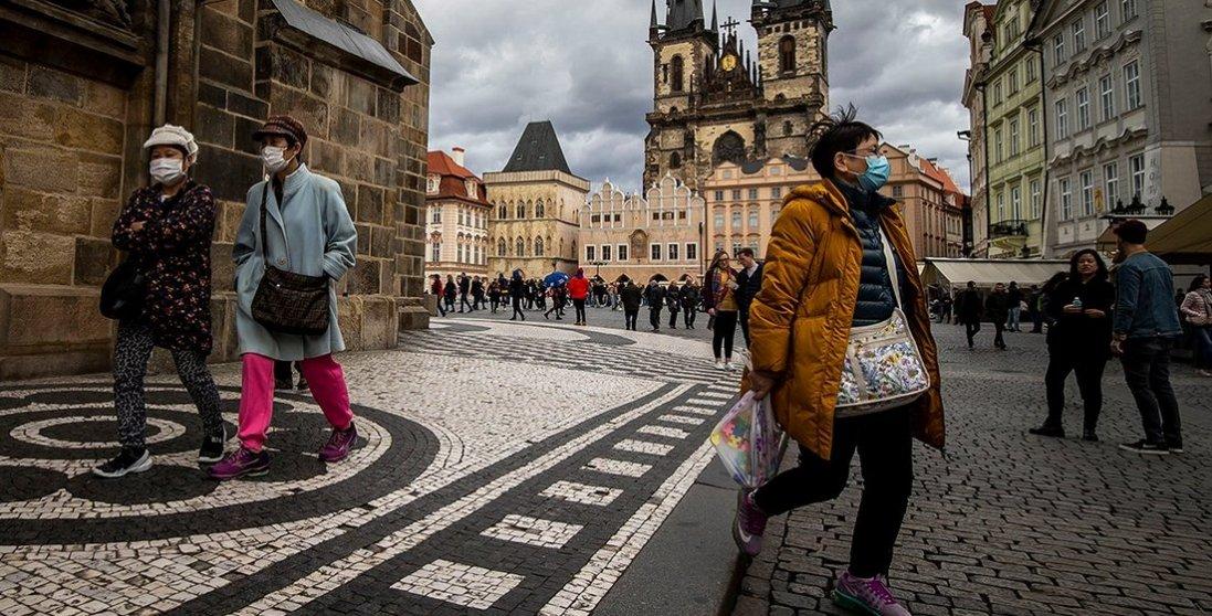 Чехія через коронавірус ввела комендантську годину