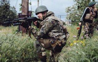 Ситуація на Донбасі: бойовики 4 рази відкривали вогонь і поранили українського військового