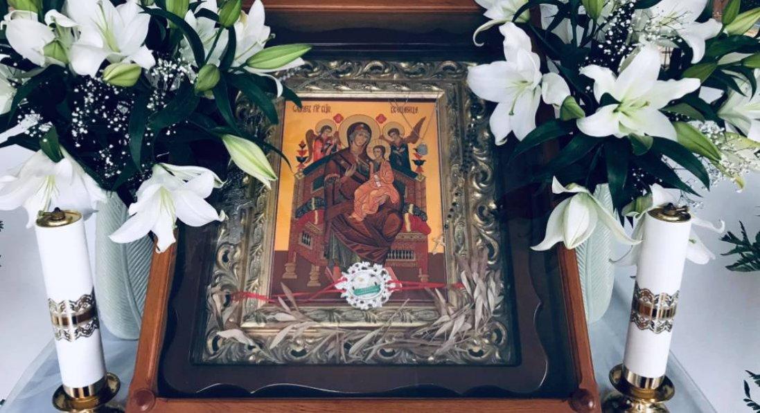 Замироточила ікона Богородиці, яку благословили на Афоні
