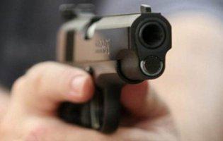 У Дніпрі чоловік розстріляв авто, яке його не пропустило
