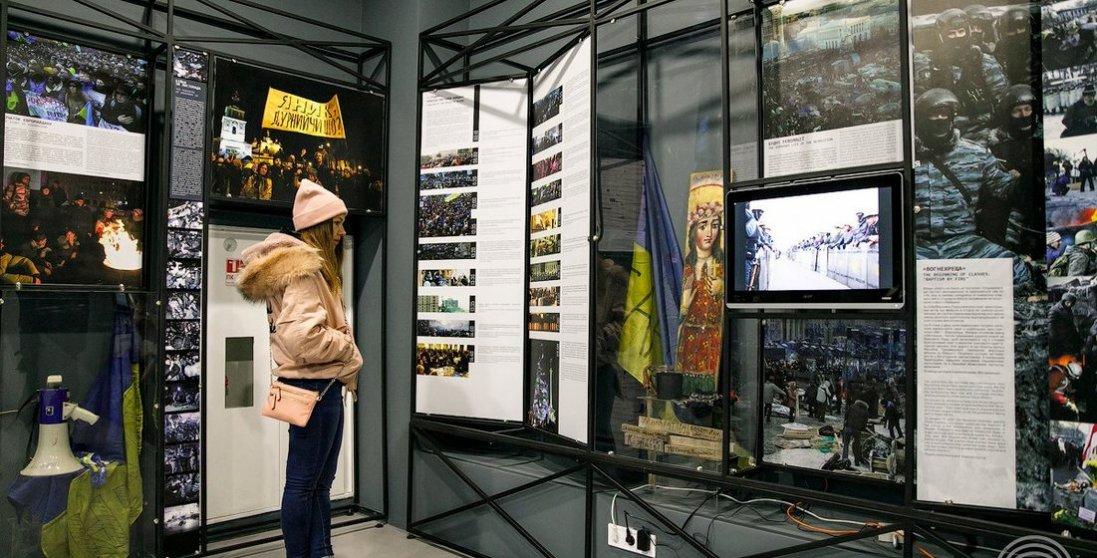 Поліція проводить обшуки в музеї Революції Гідності: що відомо