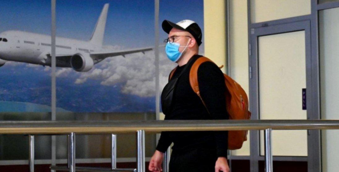 Авіакомпанії хочуть ввести обов'язкову вакцинацію від COVID-19 для пасажирів