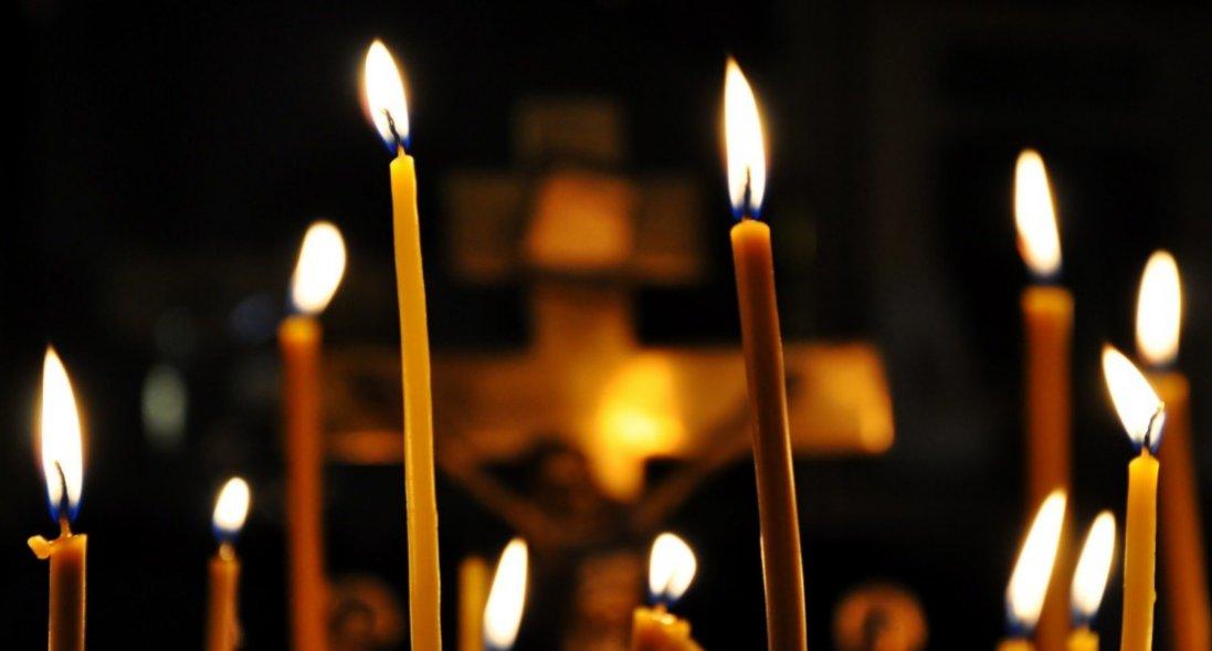 Невиліковна хвороба доньки спонукала священника до проведення особливих літургій