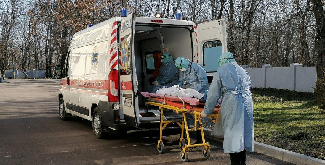 Жах на Миколаївщині: лікарні для пацієнтів з коронавірусом переповнені