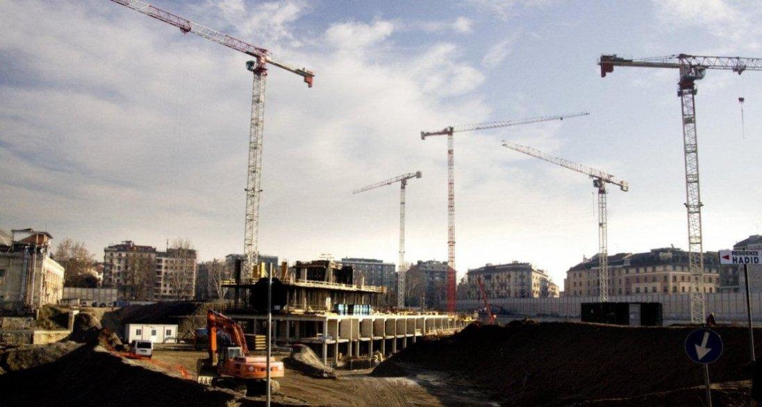 У Польщі українця придавило 5-тонними бетонними сходами