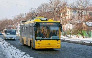 У Дніпрі діти розтрощили тролейбуси на 300 тисяч