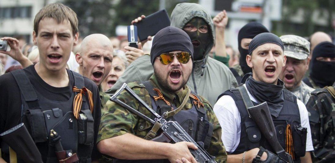 На Сході терористи сім разів обстріляли українських військових