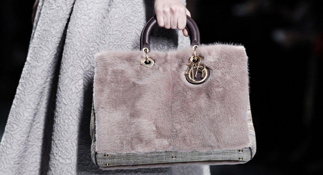 Модні та практичні: яку сумку купити
