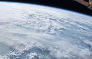 Над Арктикою повністю закрилася рекордна озонова діра: що це означає для Землі