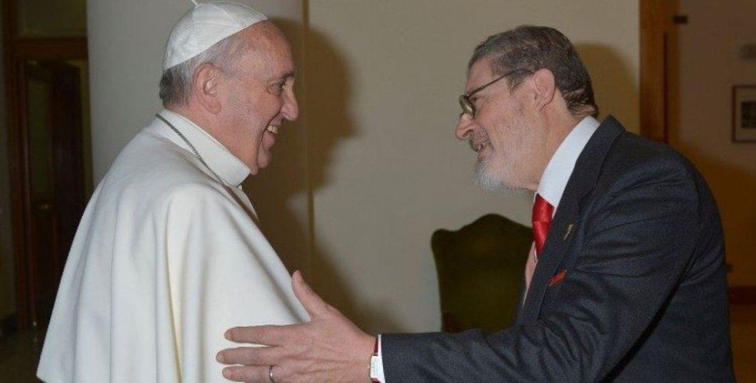 В Італії від ускладнень коронавірусу помер особистий лікар Папи Римського