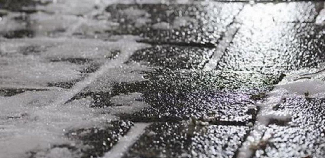 Волинян попереджають про ожеледицю на дорогах