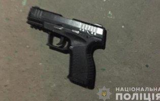 Нетверезий чоловік стріляв посеред Нововолинська
