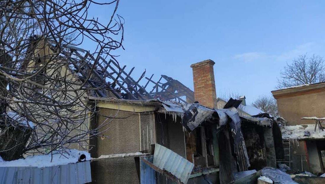 У селі біля Луцька згоріла хата: погорільцям потрібна допомога