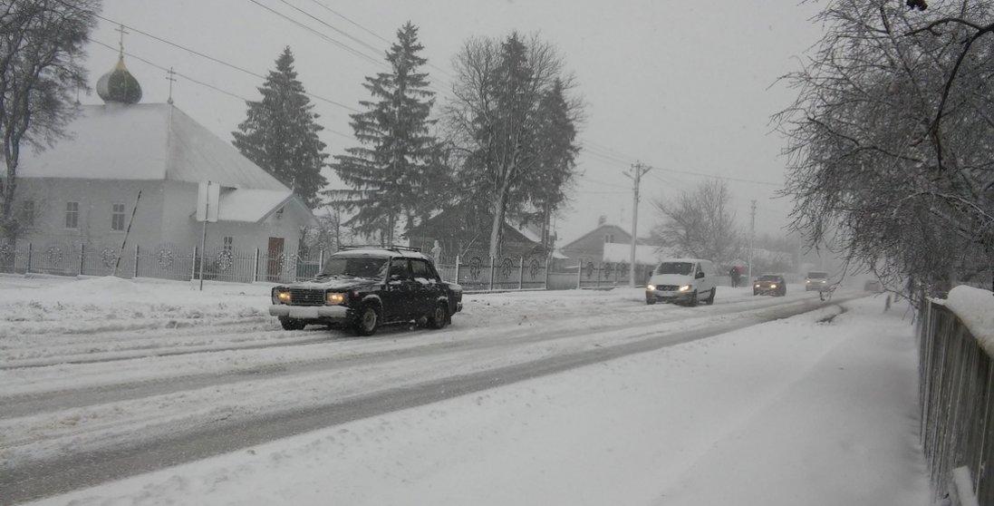 На Волині завтра можливі снігові замети та ожеледиця