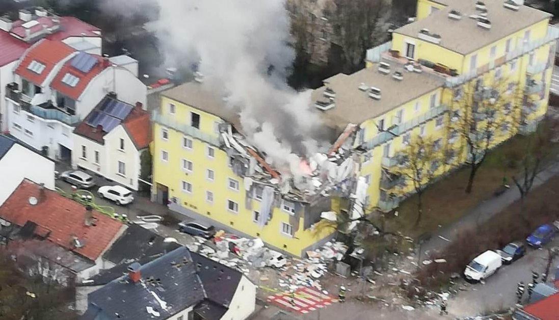 У Німеччині — страшний вибух у житловому будинку: шокуючі фото