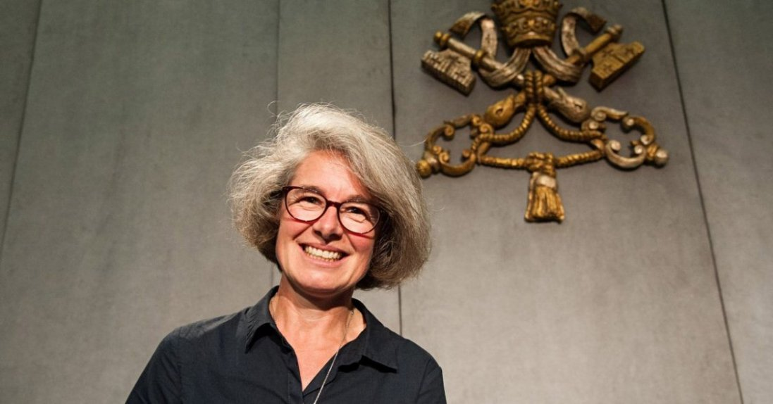 Вперше в історії: жінка отримала посаду в Синоді єпископів