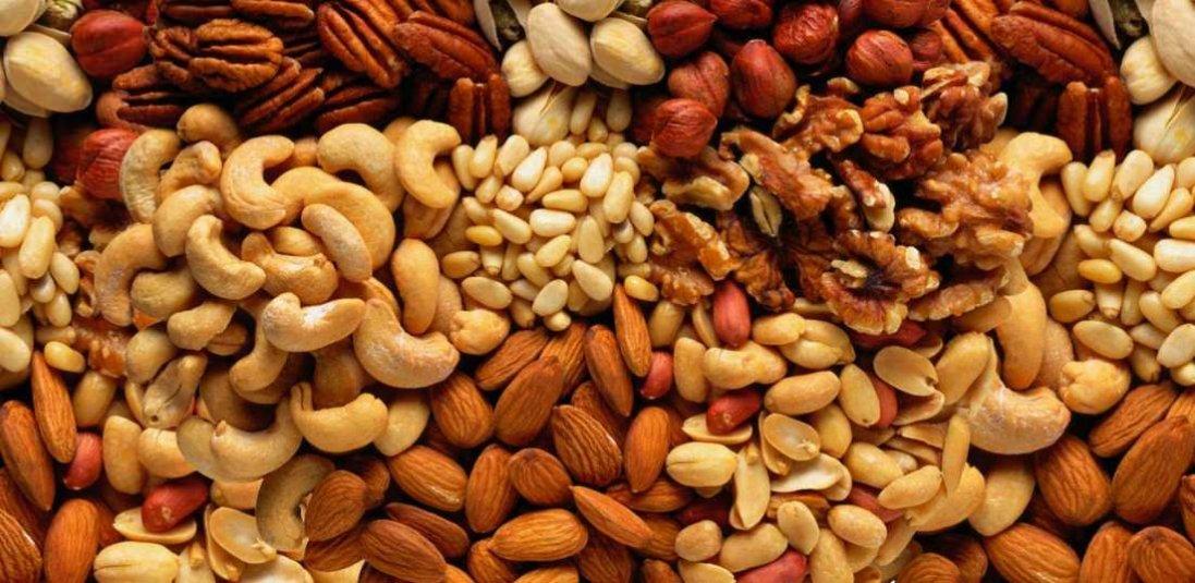 Чому споживання горіхів врятує від смертельних хвороб