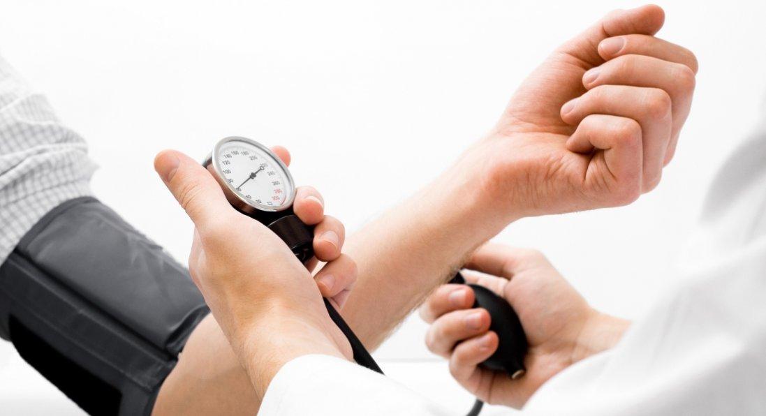 Прості способи знизити тиск