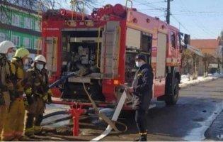 В Чернівцях сталася пожежа в лікарні: одна людина загинула, можливий  вибух