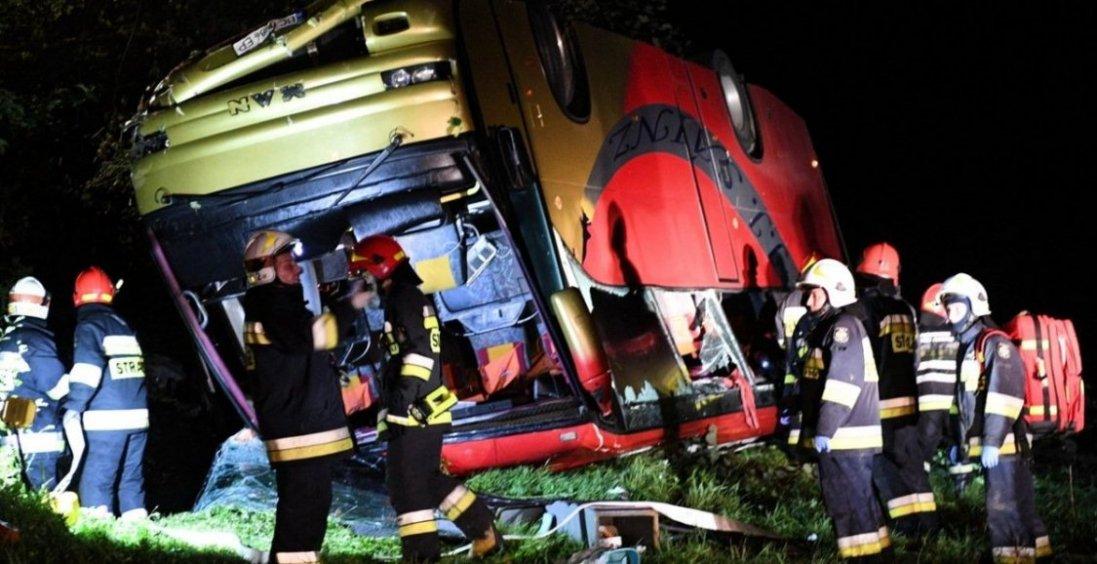 У Польщі жахлива ДТП: нові подробиці та скільки українців постраждало