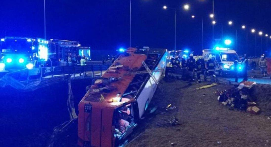 Аварія у Польщі: двох українців виписали з лікарні
