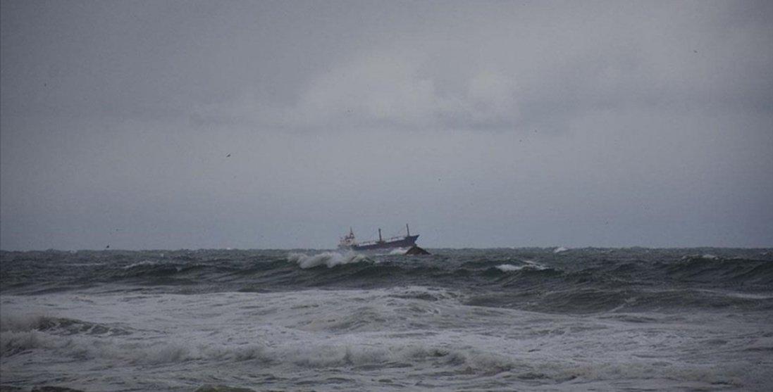 Біля Румунії затонуло судно з українцями: є загиблі