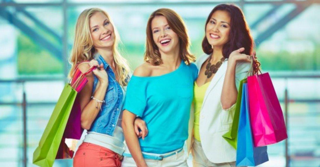Відверта сукня популярного бренду викликала фурор у дівчат