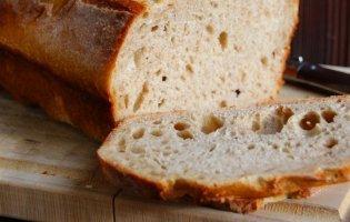 Чому треба їсти черствий хліб, а не свіжий