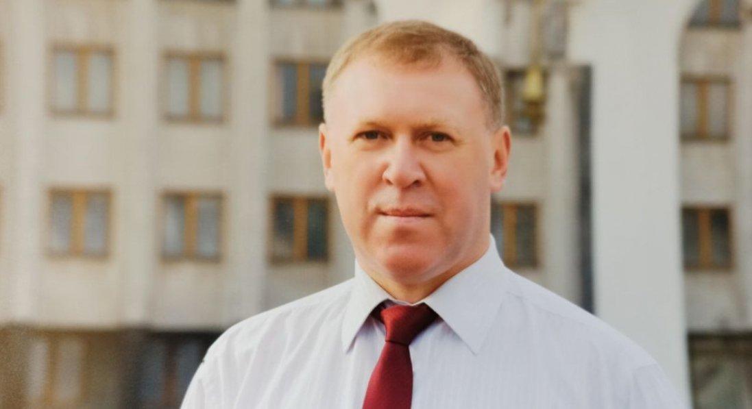«У спірних питаннях завжди читаю законодавство», - голова фракції ЄС у Луцькій райраді Олександр Радчук