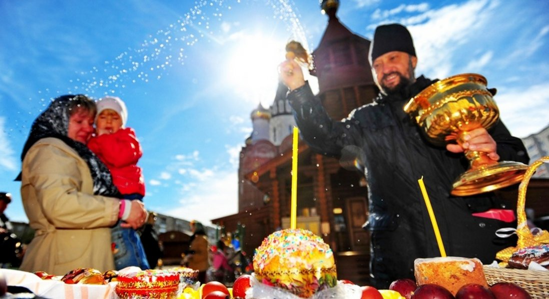 Великдень в Україні: чи будуть церкви приймати вірян